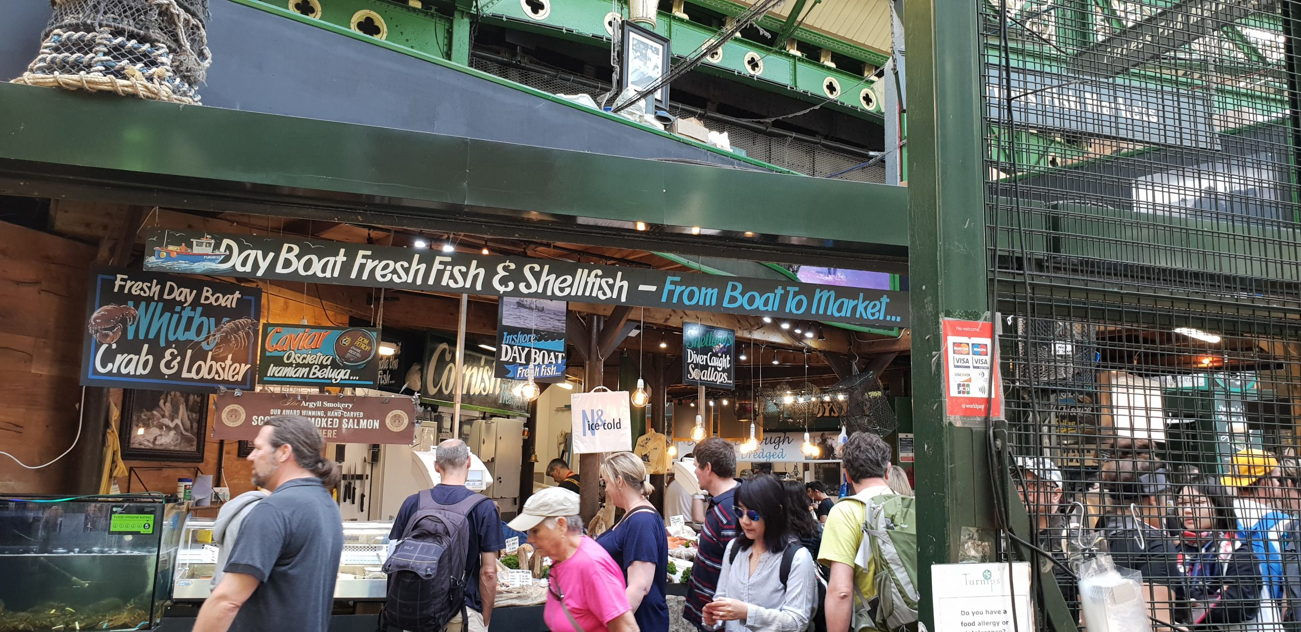 Fresh fish and shellfish Borough Market