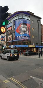 Attractions in Piccadilly Circus