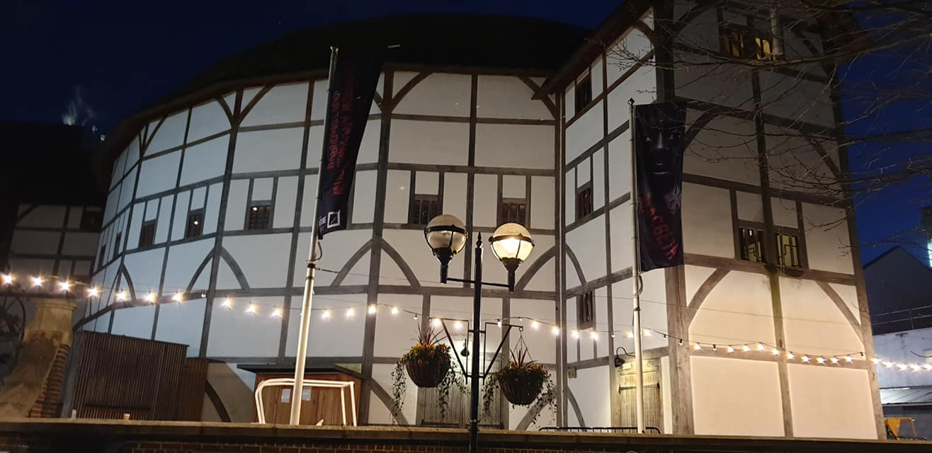 Shakespeare's Theatre and Museum at night